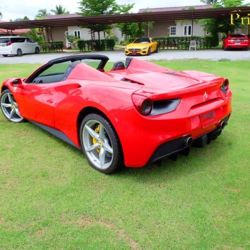 Ferrari ให้เช่า