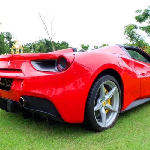 Ferrari 488 เช่าออกงาน