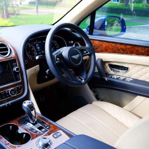 เช่ารถหรู เช่ารถสปอร์ต เช่ารถ Supercars Bentley Bentayga