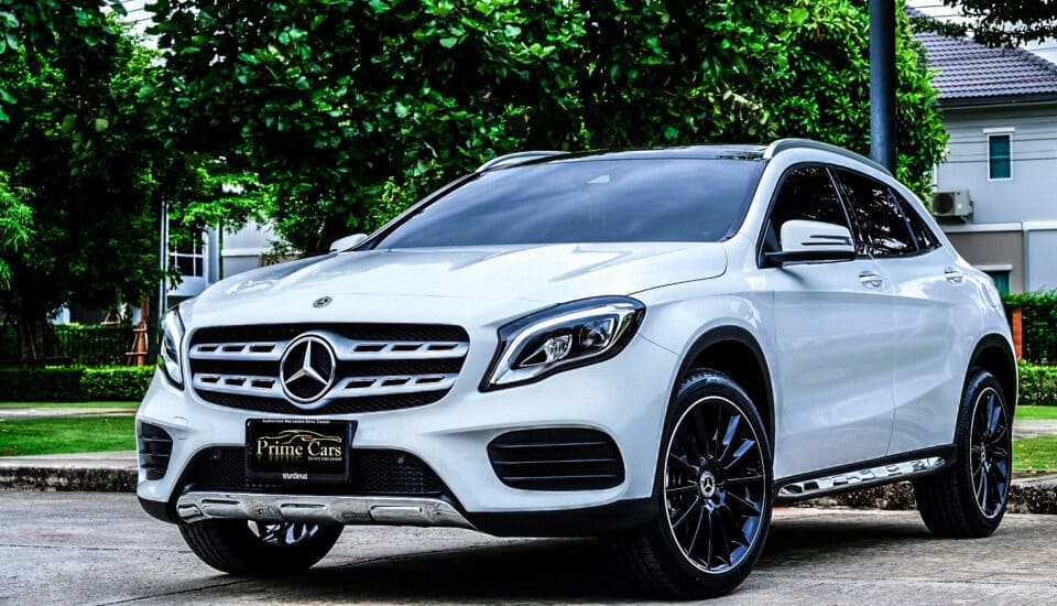 Mercedes-Benz GLA250AMG Facelift