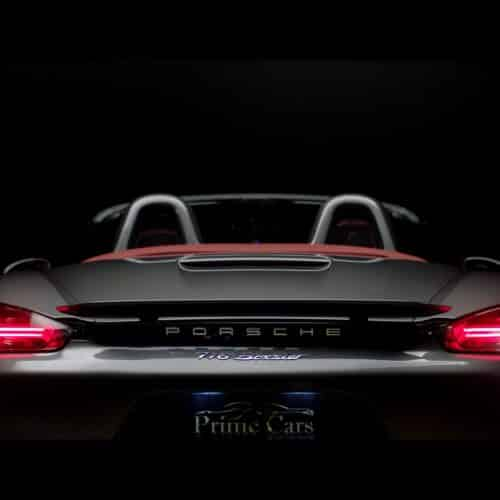 เช่า Porsche 718 Boxster เปิดประทุน