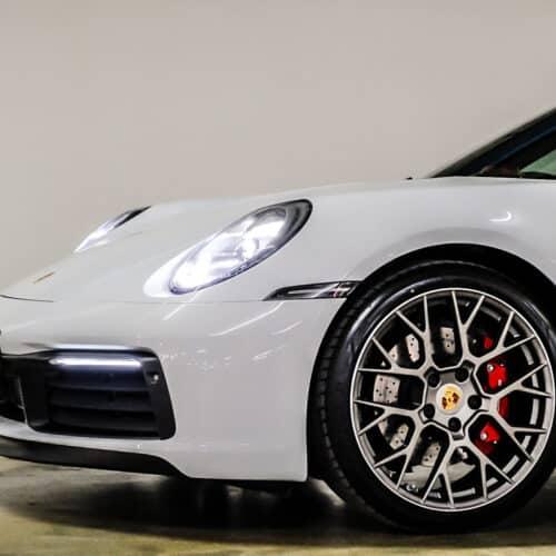 เช่า Porsche 911 Carrera S 992 ด้านหน้า
