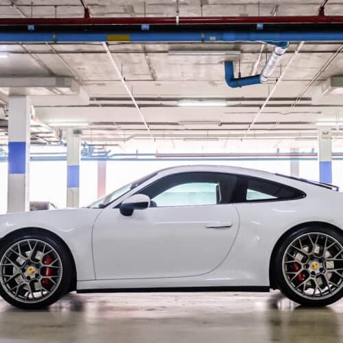 ด้านข้างของ Porsche 911 Carrera S 992