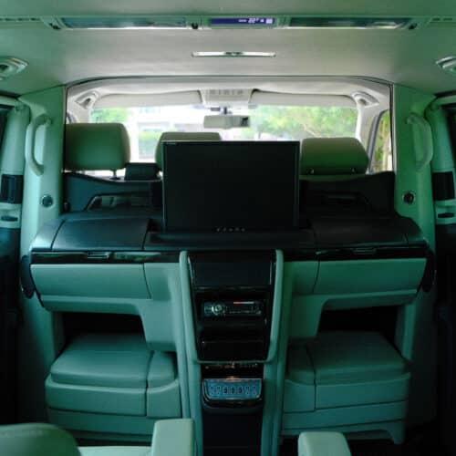 Volkswagen Caravelle ให้เช่า