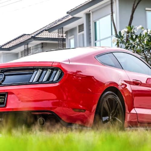 Ford Mustang เช่าขับเอง