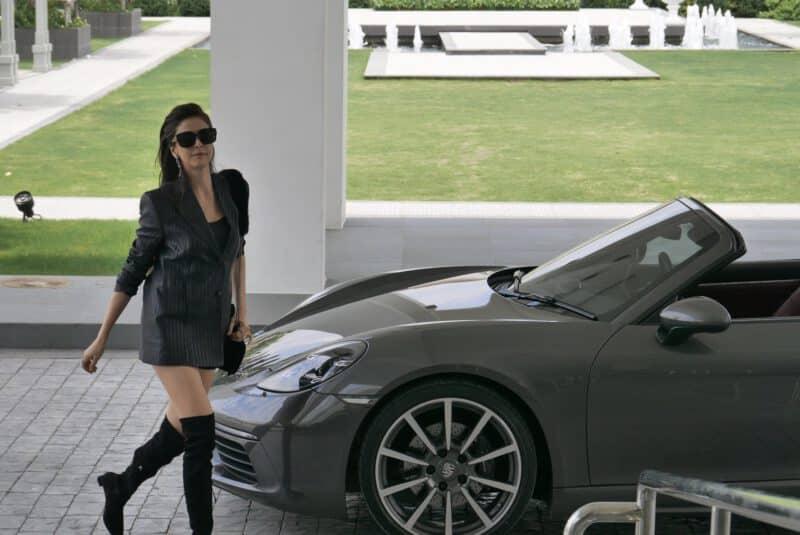 ดารากับรถหรู ศรีริต้า เจนเซ่น