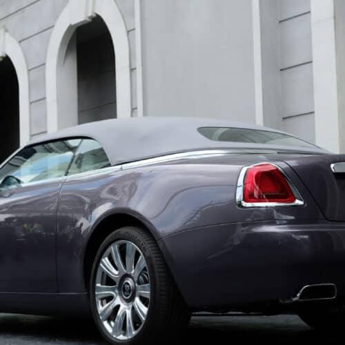 เวย์ ไทเทเนี่ยม คิมเบอร์ลี่ ขับรถ Rolls Royce