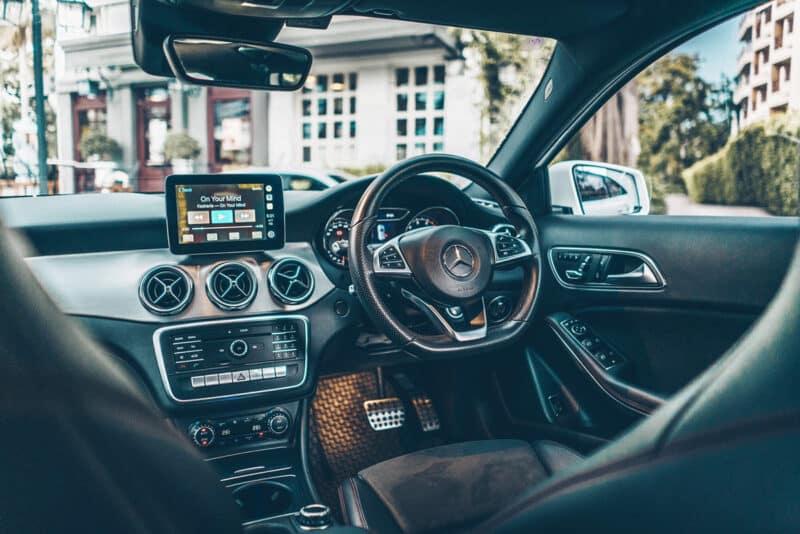 ภายในของเบนซ์ GLA 250 สำหรับการเช่ารถเบนซ์ขับเอง