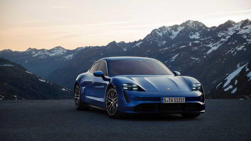 รถหรูตัวท็อป-Porsche Taycan