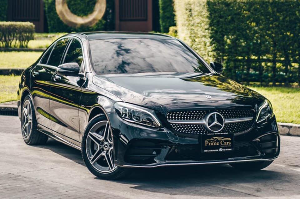 อยากรู้ต้องเช่า Sedan หรู โคตรแรง Mercedes Benz C300e AMG Dynamic รุ่นล่าสุด