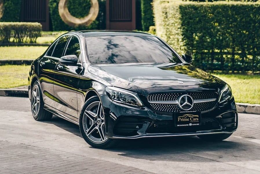 Mercedes-Benz C 300e AMG Dynamic