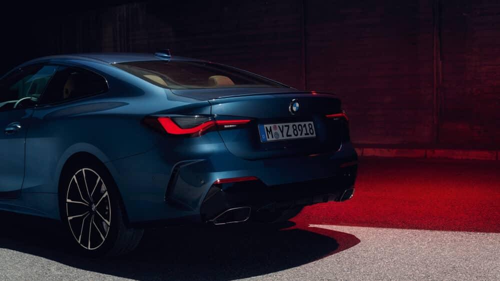 ด้านท้ายของ BMW 4 Series 2021 รุ่นใหม่ล่าสุด จาก Prime Cars Rental