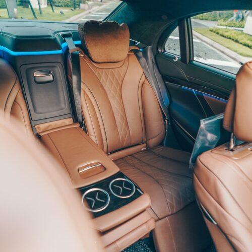 เบาะหลัง Mercedes-Benz S Class 2021 เช่าขับเอง