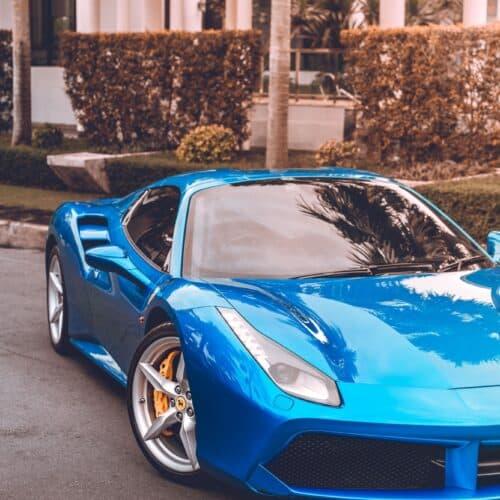 ด้านหน้าของ Ferrari 488 Spider