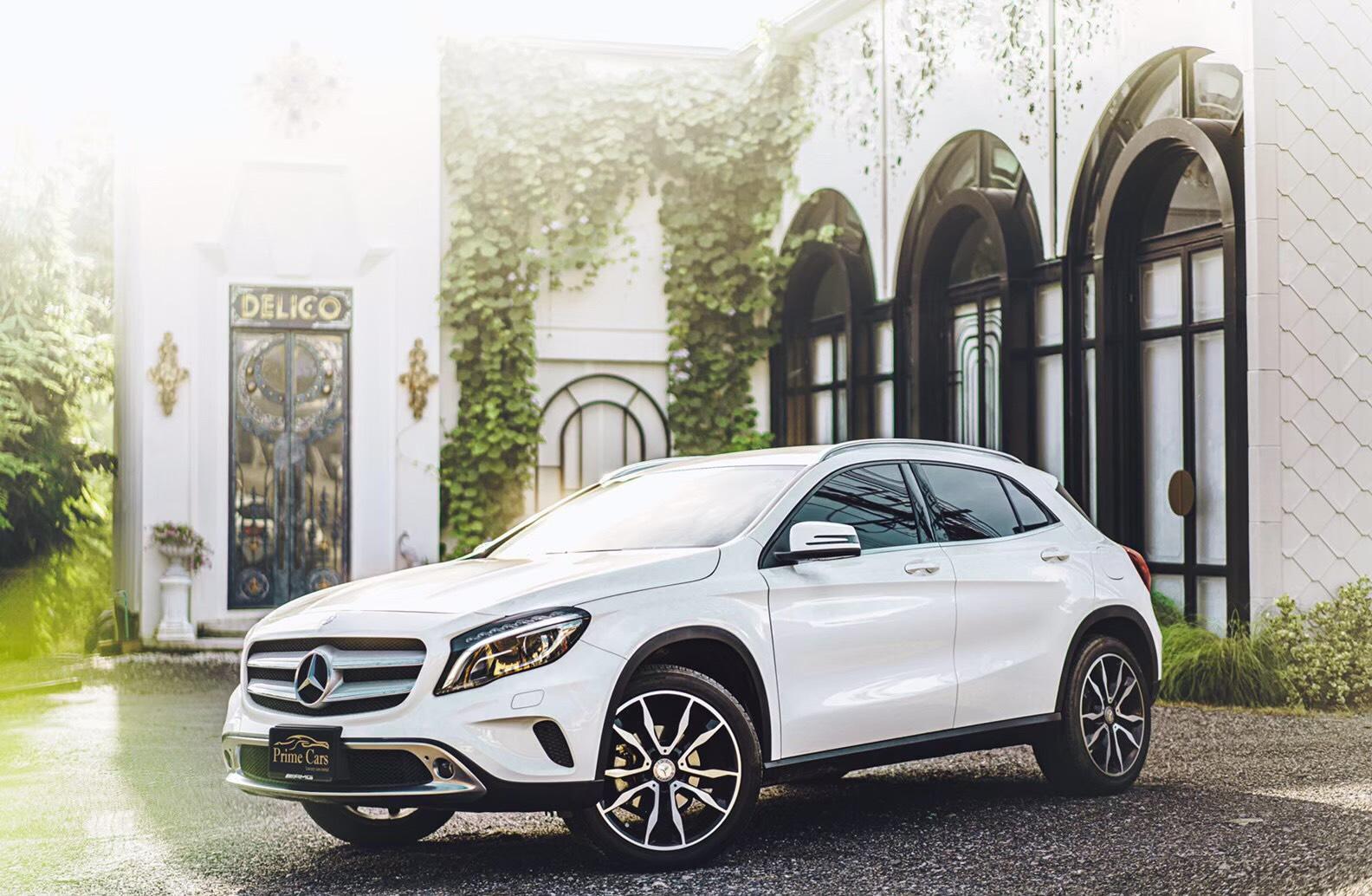 เช่ารถหรู Mercedes-Benz GLA200 AMG (2019)