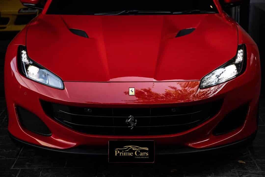 เช่า Ferrari Portofino
