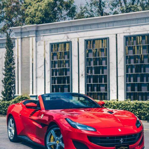 ด้านหน้าของ Ferrari Portofino รุ่นใหม่ล่าสุด