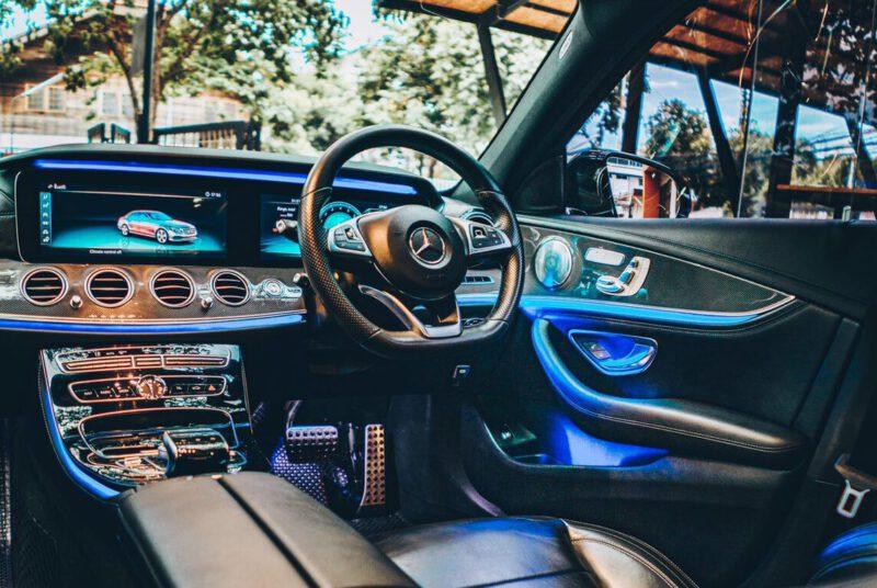 รถเบนซ์ Mercedes-Benz E350e Plug-in Hybrid AMG
